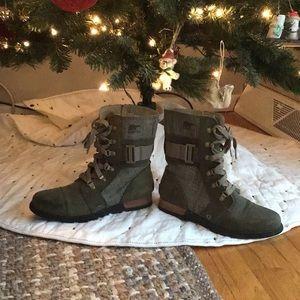 Sorel Plaid Boots